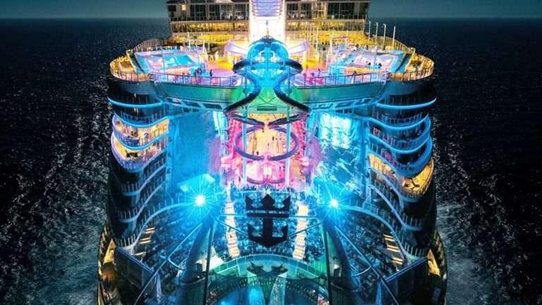 Royal Caribbean establecerá en Barcelona la base del crucero Symphony of the Seas